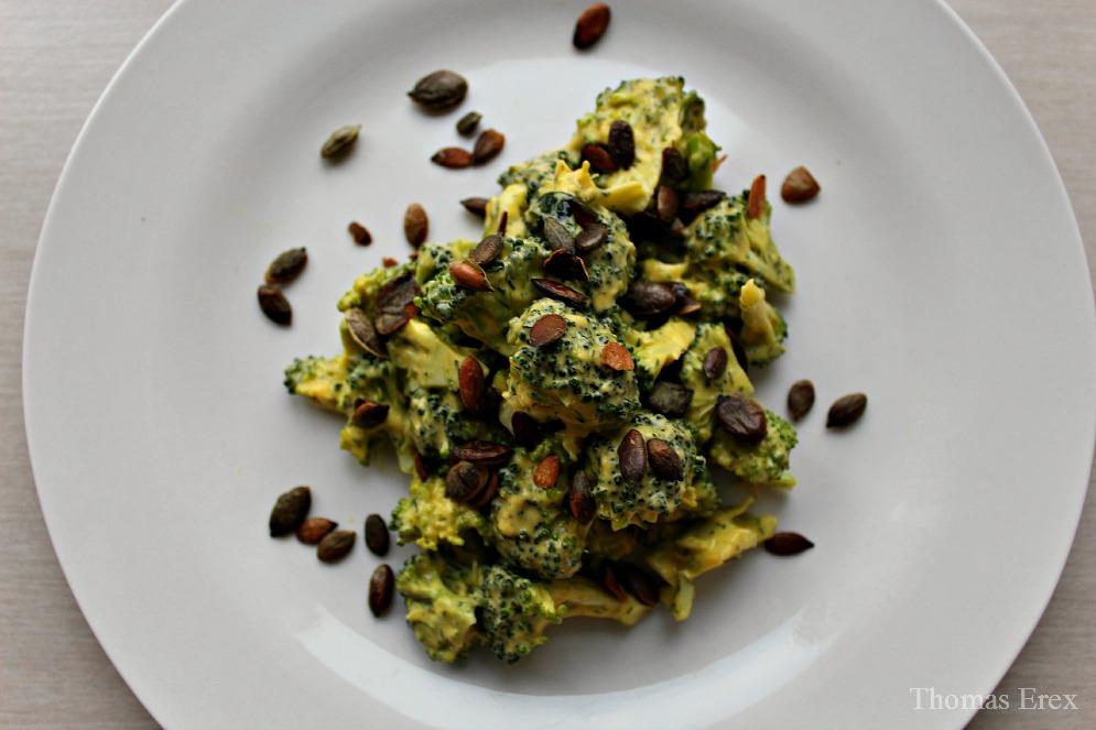 broccolisalat med mayonnaise uden æg