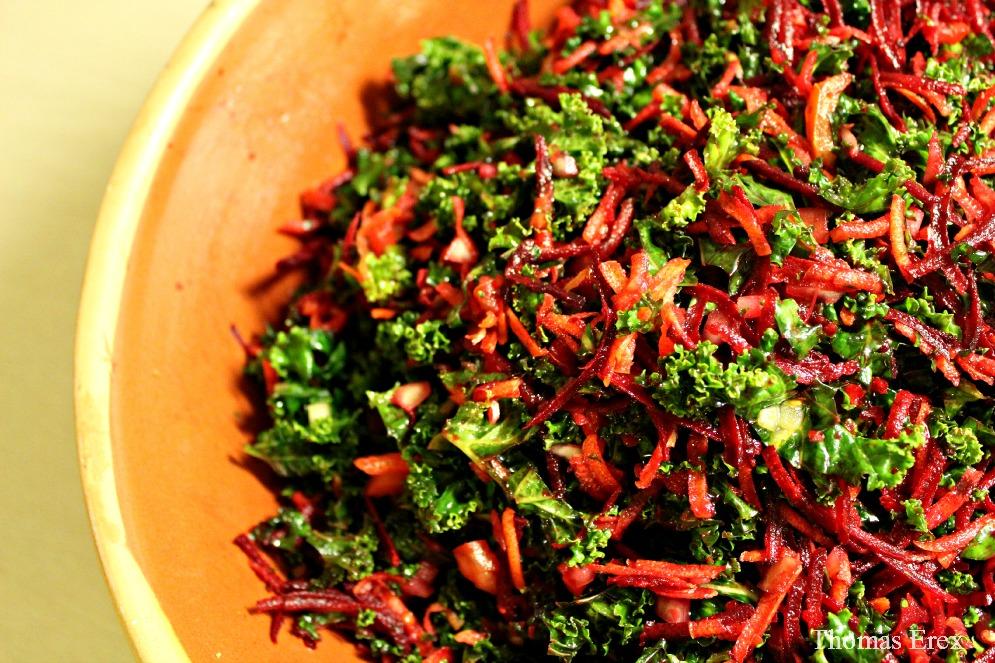 marineret grønkål, salat, rodfrugter