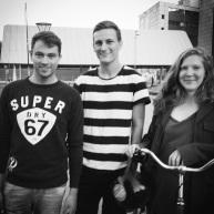 Mine to søde og flotte venner Simon og Mette, som jeg besøgte i Kbh. Ja, og mig i midten.