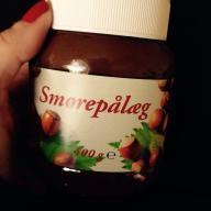Vegansk Nutella? Ja da! Discountversionerne fra Netto og Føtex er fx veganske. Det samme gælder Princip! smørepålæg.